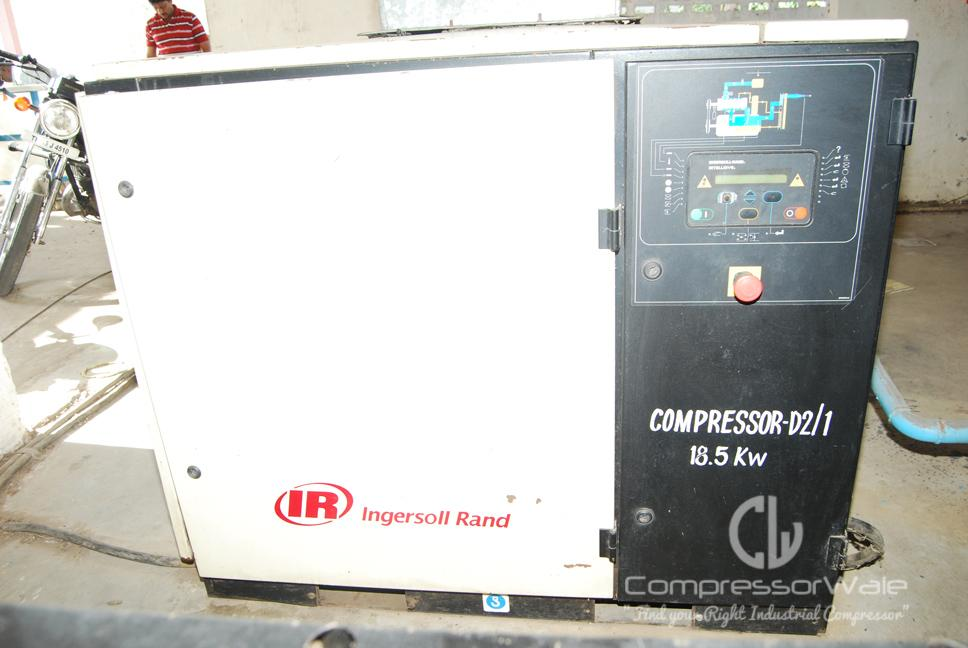 Ingersoll Rand 18.5 Kw Screw Air Compressor package with Gem refrigerated Air Dryer and Summits Air Receiver
