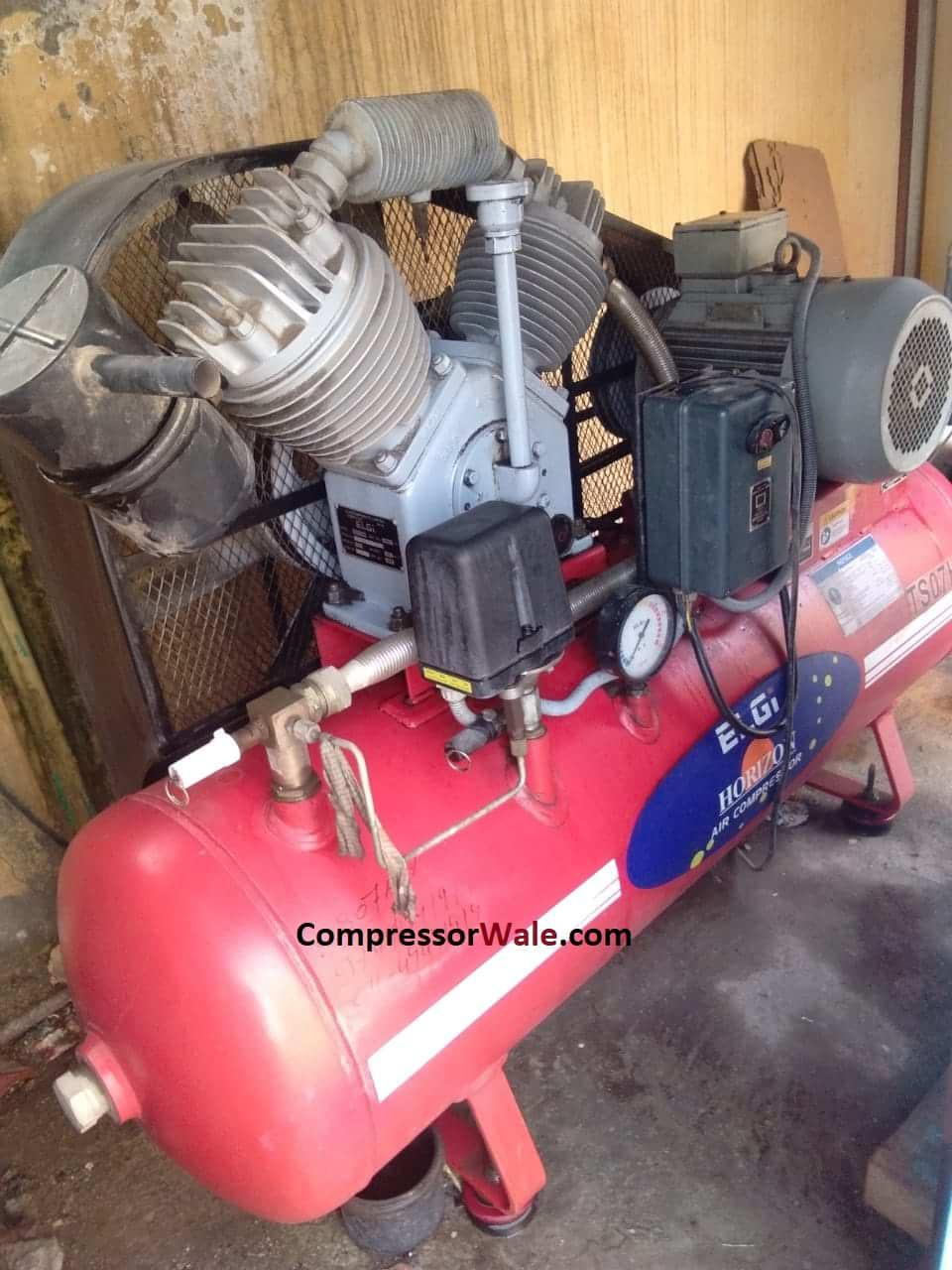 Elgi piston air compressor 7.5 HP 2017 year make, Delhi